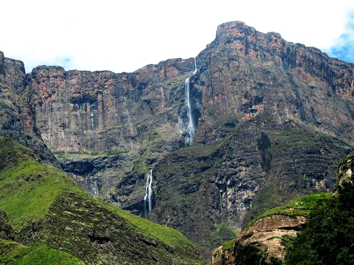 Самый высокий водопад в африке